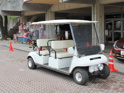 カープ沖縄キャンプで使用されていたゴルフカート