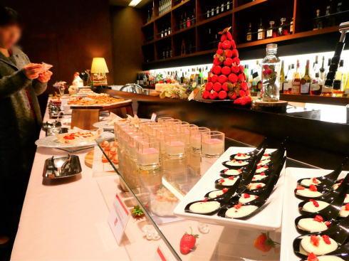 オリエンタルホテル広島 ストロベリービュッフェ会場の様子 画像2