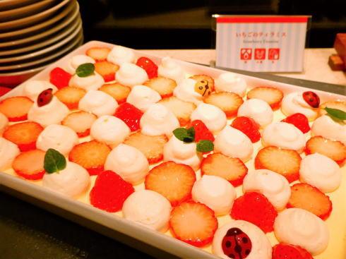 オリエンタルホテル広島 ストロベリービュッフェ会場の様子 画像5