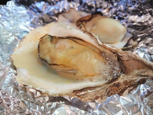 殻付き牡蠣の食べ方 グリルで焼く2