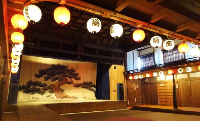 翁座(おきなざ)、まちのシンボル・大正建築 劇場が文化財登録へ