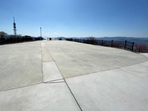 新しくなった 黄金山の山頂北展望ゾーン 写真4