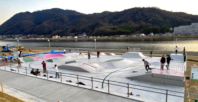 福山にスケートボードパーク・BBQテラス、芦田川かわまち広場に誕生!