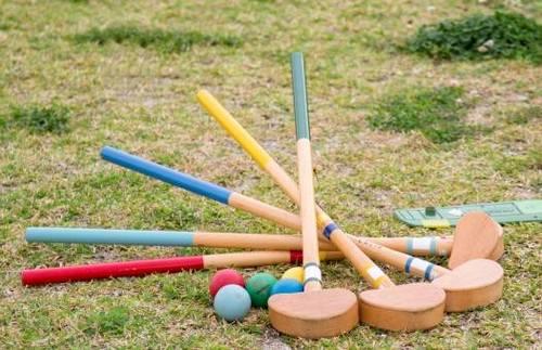 グラウンドゴルフ用のクラブとボール