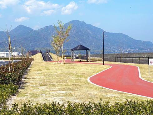 大竹市 晴海臨海公園 デイキャンプ場 横の海辺の広場2