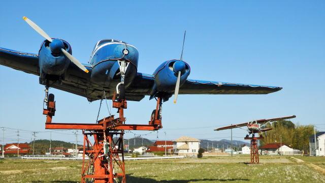 田んぼに飛行機!東広島市八本松の珍風景
