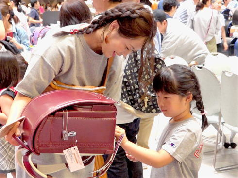 500本集結!合同ランドセル展示会2020 広島など9都市で