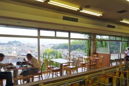 佐方SAの休憩所(レストラン部分)