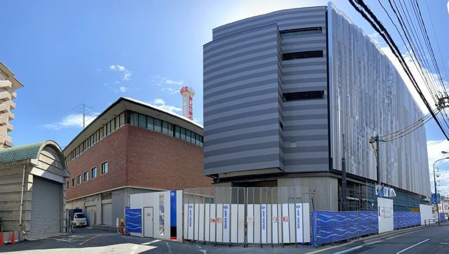 テレビ新広島 TSSの新社屋と旧社屋