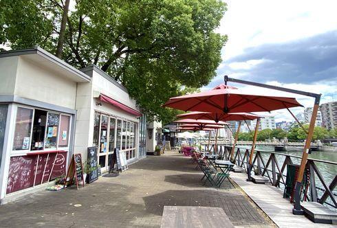 カフェレガロ(Cafe REGALO)水辺のカフェ