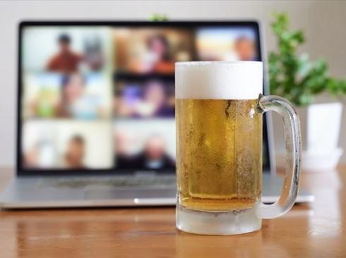 カープ応援オンライン飲み会、カープ芸人と最大1000人で