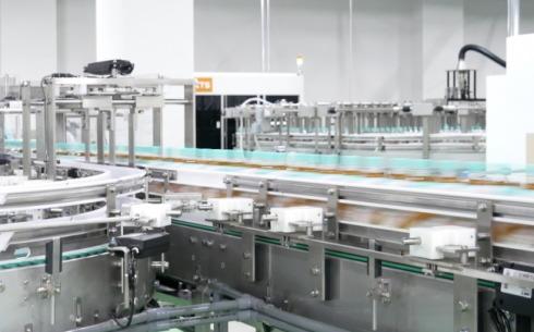 コカ・コーラ新広島工場 製造ライン