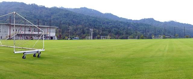 吉田サッカー公園 天然芝グラウンド03