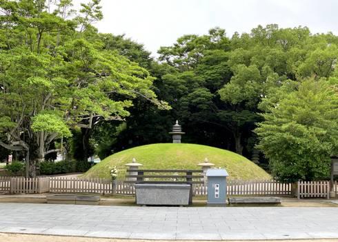 広島平和記念公園 原爆供養塔