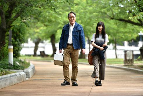 おかあさんの被爆ピアノ W主演の佐野史郎とAKB武藤十夢