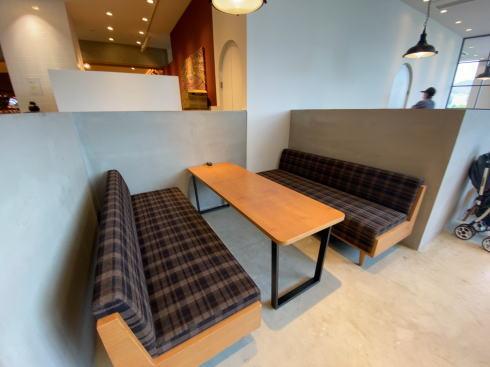 果実びより 広島レクト のフルーツカフェ 店内の様子
