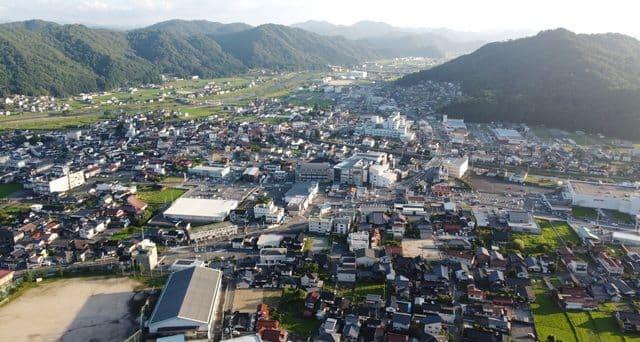 郡山から見た、安芸高田市吉田町の景色
