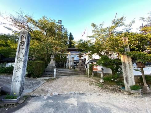 清神社 神社入口