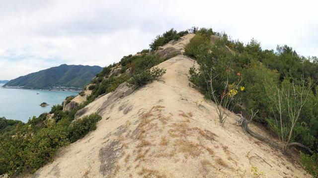 岩子島 ゆるぎ岩への道 画像6