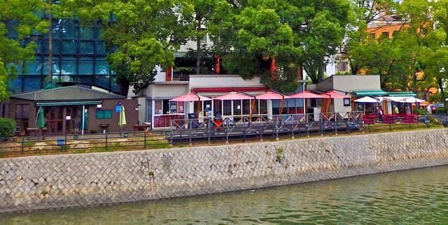 広島の京橋川オープンカフェ、10月から出店者を募集