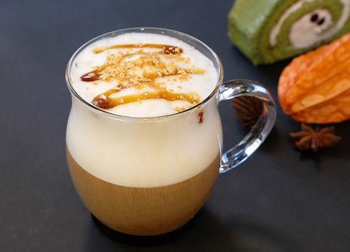 秋の夜長ブレンド、豆乳ときなこでアレンジコーヒーも
