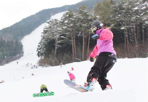 猫山スキー場2020-2021オープン、積雪にも恵まれ