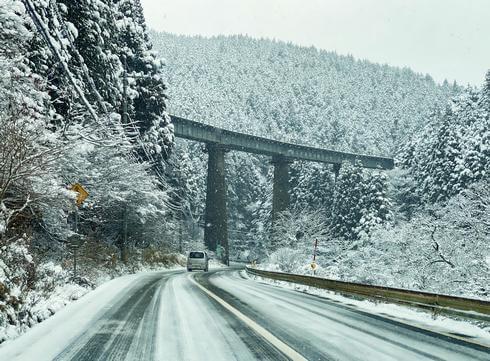 冬の庄原の雪景色