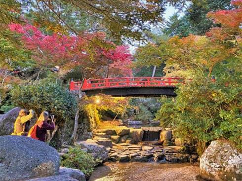 宮島「紅葉谷川庭園砂防施設」国の重要文化財に指定!写真・散策スポットにも