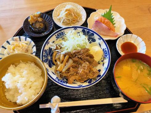 三原 古民家カフェ むすび 日替わり御膳(ランチ)
