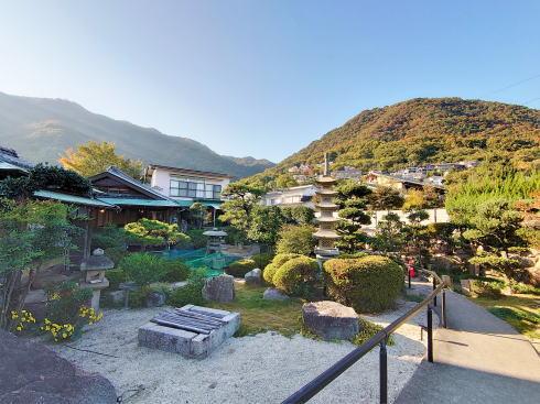 三原 古民家カフェ むすび 日本庭園