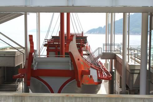長門の造船歴史観 復元遣唐使船の姿