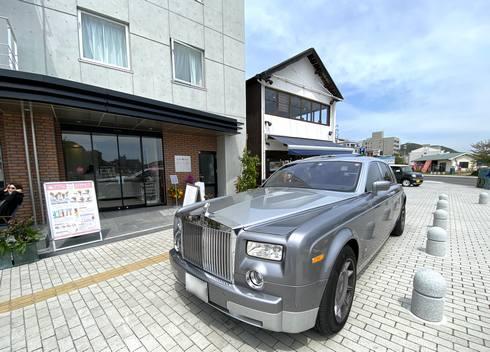 尾道に新ホテル、さくらホテル尾道駅前(写真はロールスロイス)