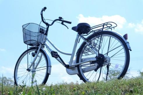 広島で自転車交通ルールが改正、イヤホン・傘差し禁止も