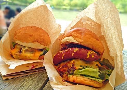 巨大ハンバーガー「グレイビージャック」東広島の肉肉しいバーガー、君は食べきれるか?!
