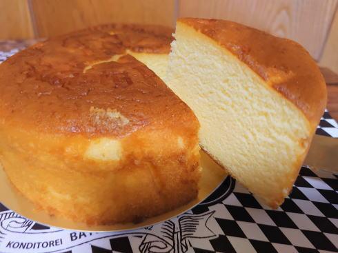 西洋菓子処バイエルンの広島熟成バターケーキ、しっとり・こだわりの一品