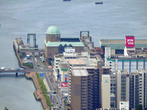灰ヶ峰展望台から見る呉市内の様子