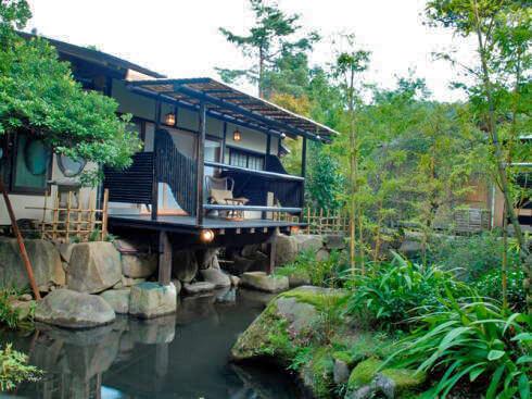 賀茂川荘 犬と泊まれる「離れ」の部屋