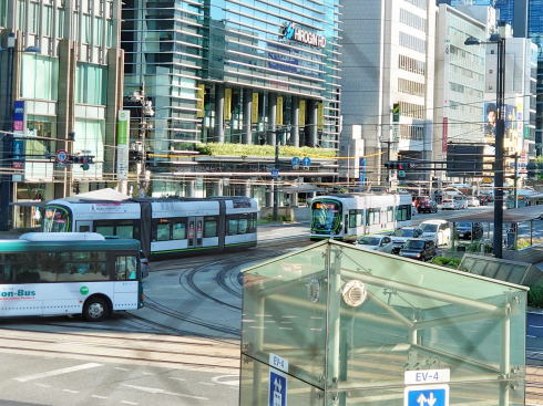 そごう広島店 ティールームパリフル から見る紙屋町交差点の様子