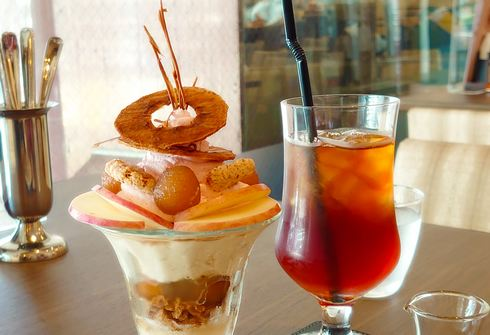 ティールーム パリフル、そごう広島店内 焼きたてパイと紅茶の店で大人のティータイム