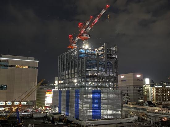 工事が進む 広島東郵便局、広島駅前で存在感大きく